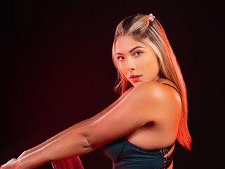 Naked show CarlaBonnet